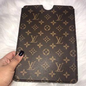 Louis Vuitton IPad Air Cover NWT and Dust bag